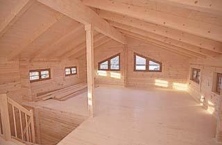 Выбирая чем покрасить деревянный дом внутри необходимо помнить, что именно дополнительная обработка должна придать...